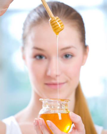 Khám phá 4 cách chữa tàn nhang bằng mật ong 4