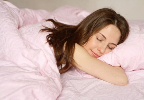 Ngủ đủ giấc ngăn tàn nhang phát triển