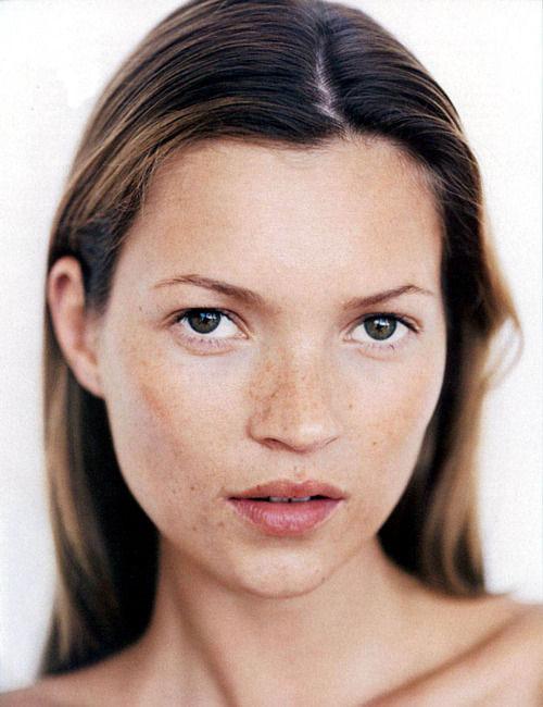 """""""Học lỏm"""" sao Hollywood cách make-up cho làn da tàn nhang 5"""