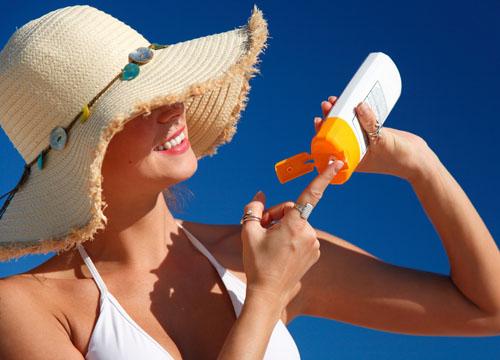 Có trị hết tàn nhang trong mùa hè được không2