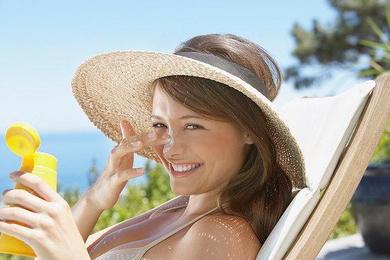 Chống nắng - điều kiện quyết định trị tàn nhang có thành công không